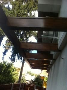 copertina sticla pe structura de lemn (3)