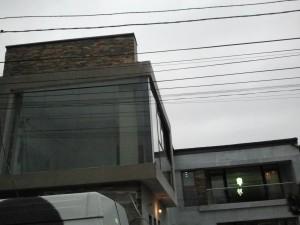 fatada din sticla -glisari Al -balustrada (7)