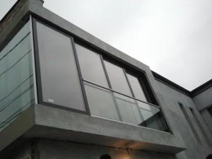 fatada din sticla -glisari Al -balustrada (8)