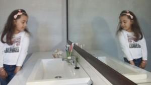 oglinda-lipita-1