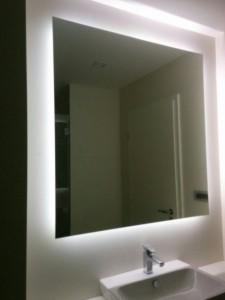 oglinda iluminata cu led (2)